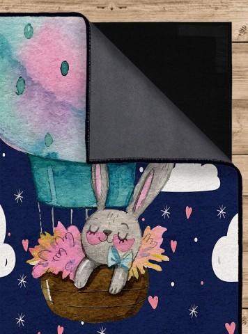 فرش مدما - فرش خرگوش - فرش کودک - فرش سرمه ای - فرش سایز ۲.۲۵ متر در۳.۴ متر - فرش هشت متري - فرش 8 متري - فرش عرض دو متر و بيست و پنج سانت - فرش طول سه متر و چهل سانت